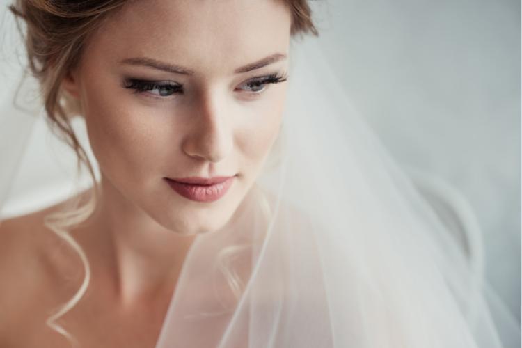 melakukan pijat tubuh sebelum pernikahan bisa jadi adalah hal yang penting bagi calon pengantin wanita